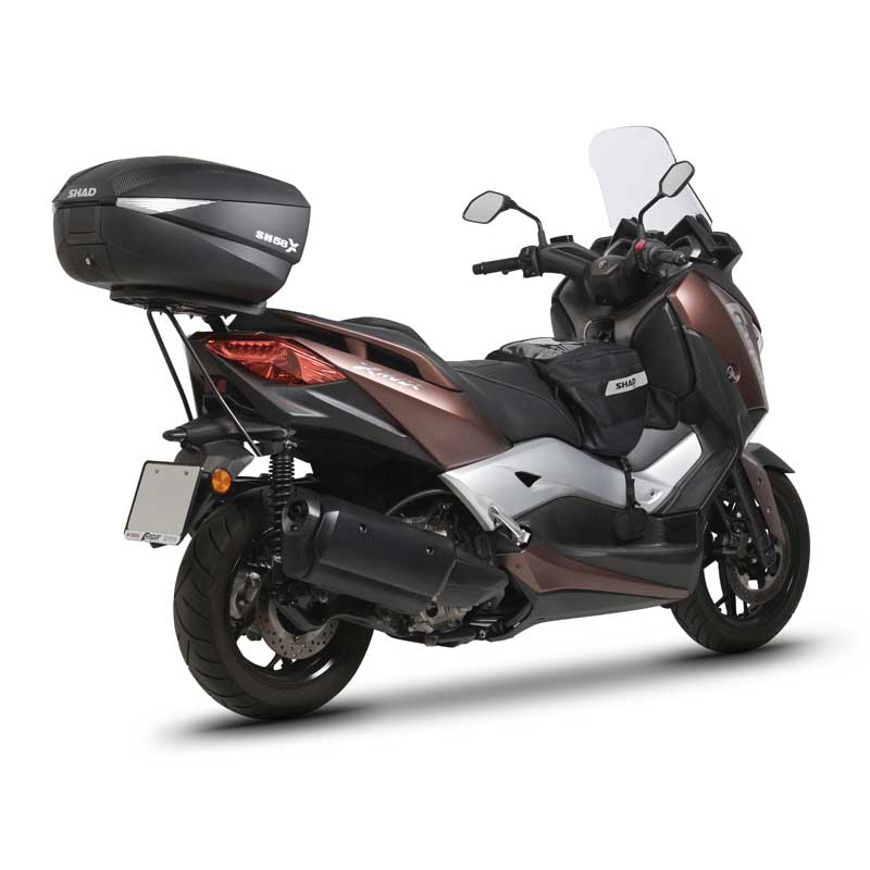 shad top master yamaha x max 300i buy and offers on motardinn. Black Bedroom Furniture Sets. Home Design Ideas